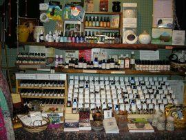 Oils & Aromatherapy